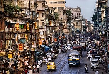 Street scene, Kolkata, India